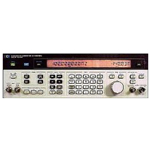 HP Agilent Keysight 8642A synthesized signal generator 100 kHz to 1057.5 MHz